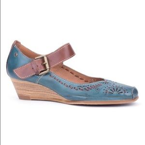 Pikolinos La Palma Mary Jane Shoes 41